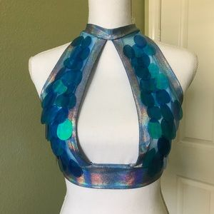 Tops - Handmade sequin keyhole hologram halter top